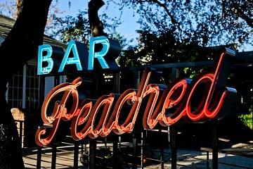 Bar Peached